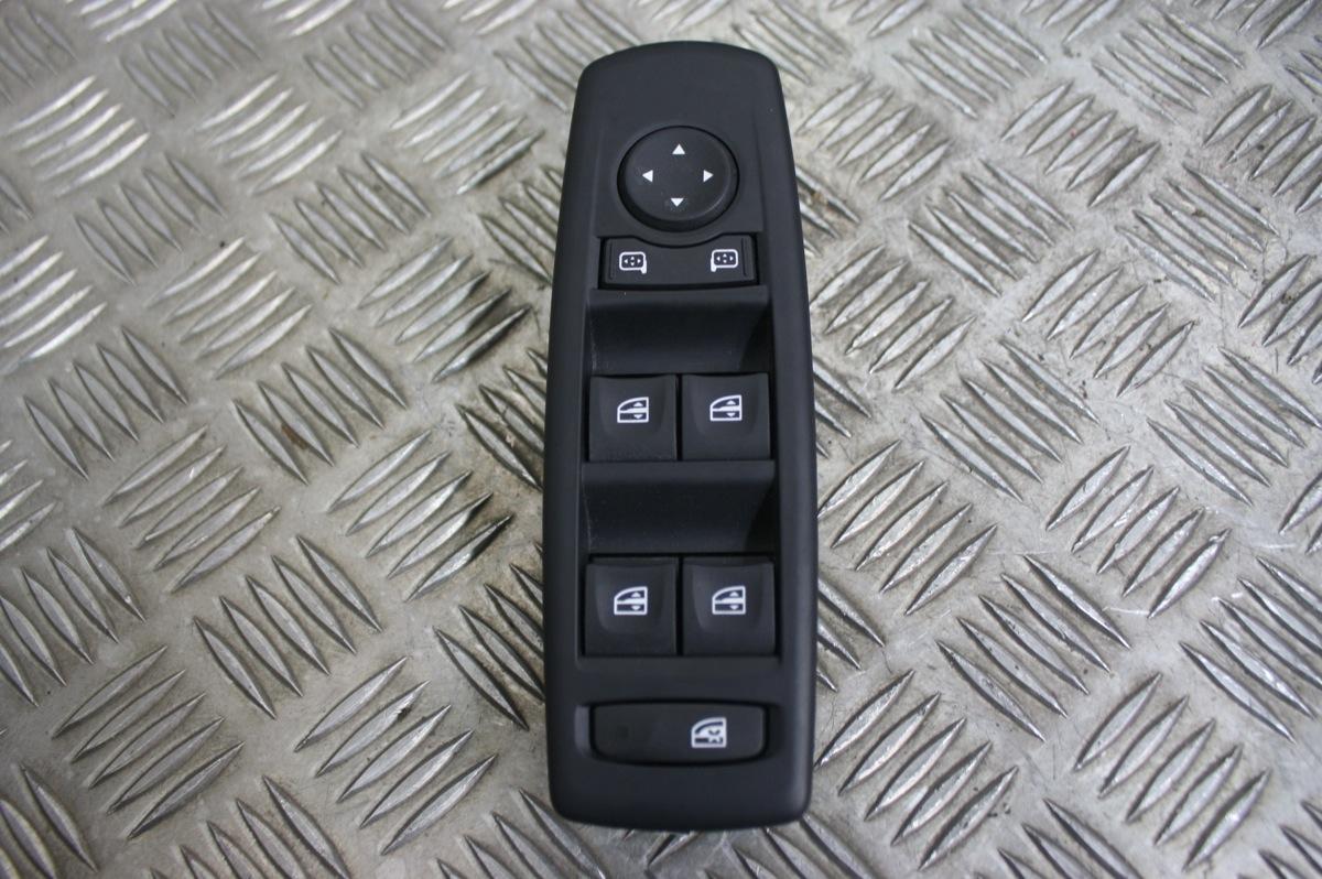 commande bouton conducteur vitre lectrique r troviseur renault megane 3 ebay. Black Bedroom Furniture Sets. Home Design Ideas